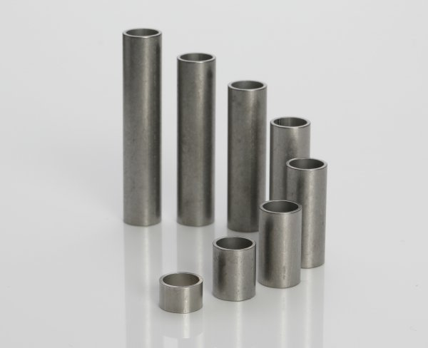 Stainless steel sleeves 8x6,4x0,8 mm (up to M6*)