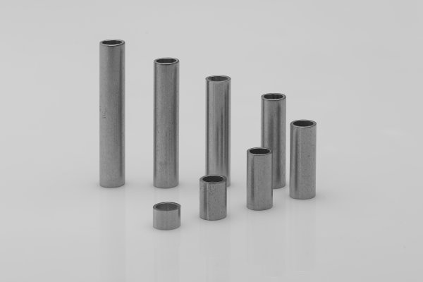 Stainless steel sleeves 7x5,4x0,8 mm (up to M5*)
