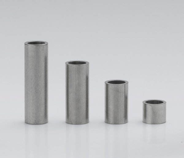 Stainless steel sleeves 6x4,4x0,8 mm (up to M4*)